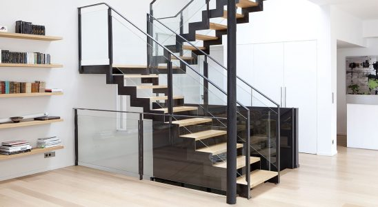 Installer escalier industriel