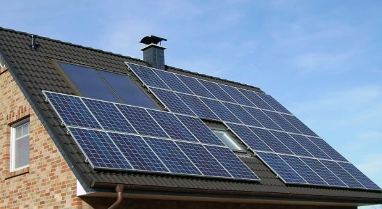 Combien panneaux solaires